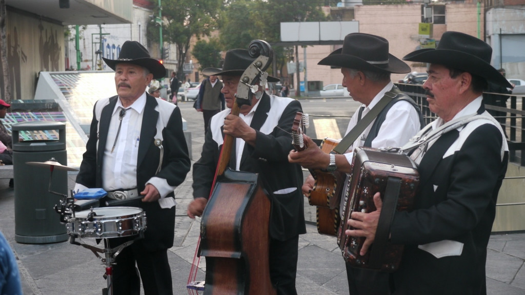 Mexico City, mariachi na Plaza Garibaldi