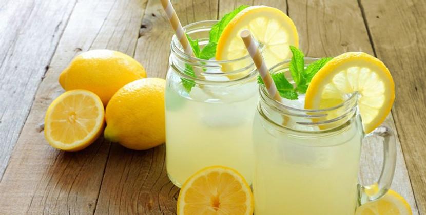 limonada-con-jengibre-y-menta-ctv-830-x-420 - por cambia tu vida