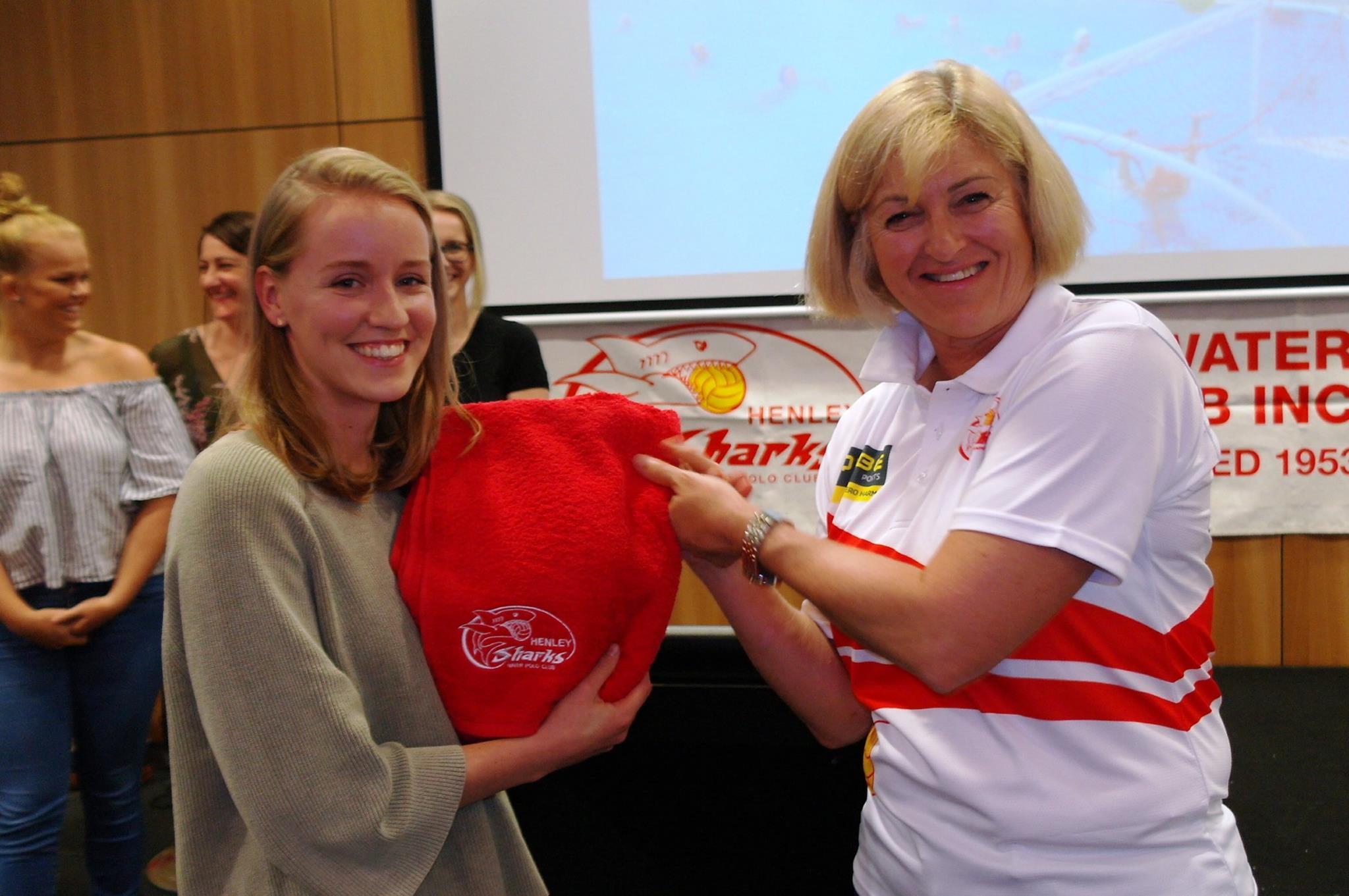 B women Coach's Award Nadia Spargo