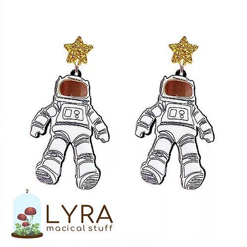עגילי אסטרונאוט