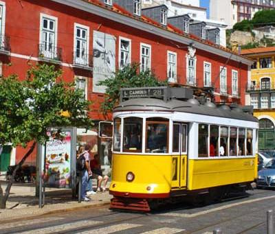 How to move around Cascais & Lisbon