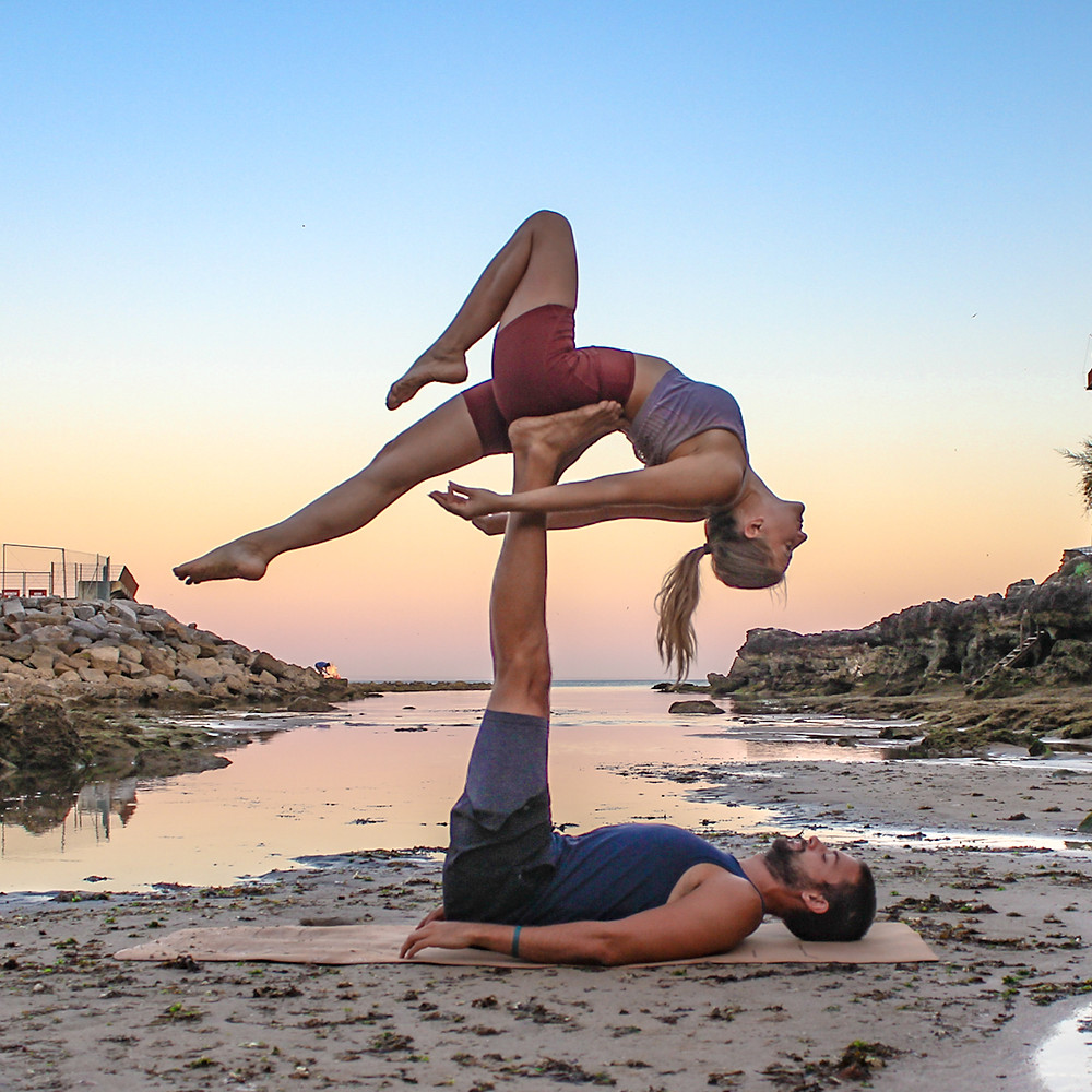 One Legged Bridge AcroYoga Biblio