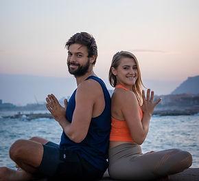 yoga emotion barcelona beach classes private english acroyoga particular yogitos
