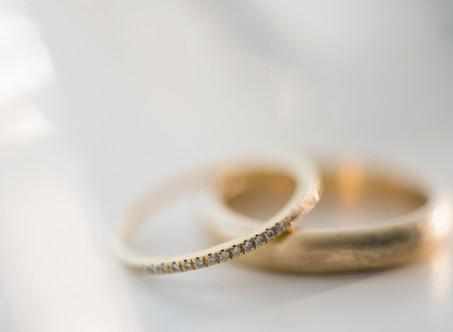 宝石商が伝えたい、ブライダルリングにおすすめの金属について(ゴールド編)