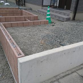 伊勢崎市外構工事 ブロック積・ピンコロ花壇・型枠工事