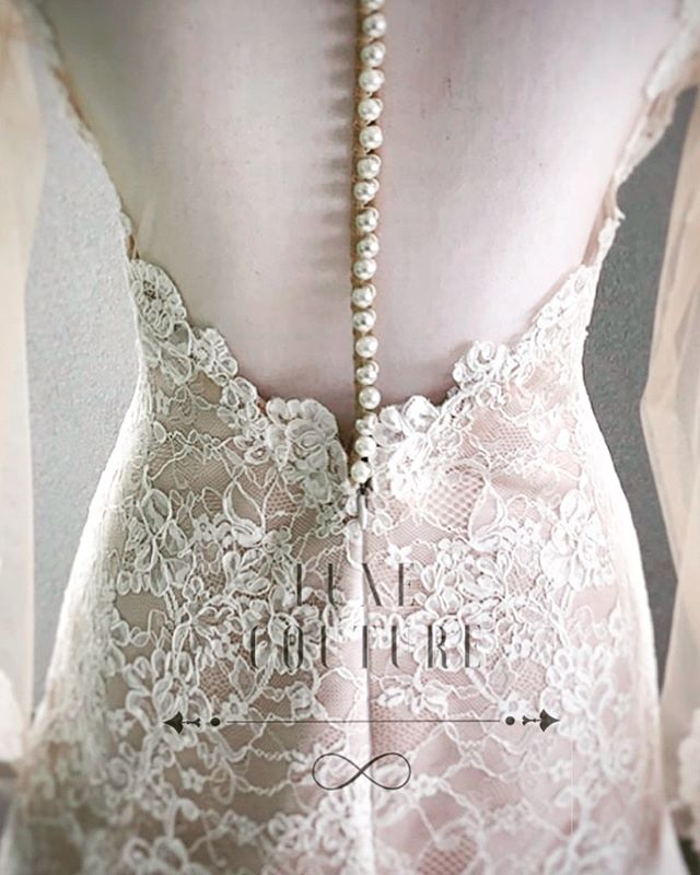 Luxe couture Wedding Diamond Back