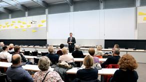 Besuchergruppe von Matthias Seestern-Pauly in Berlin