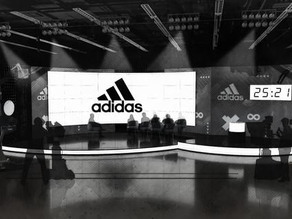 Adidas Set v3 Action.jpg