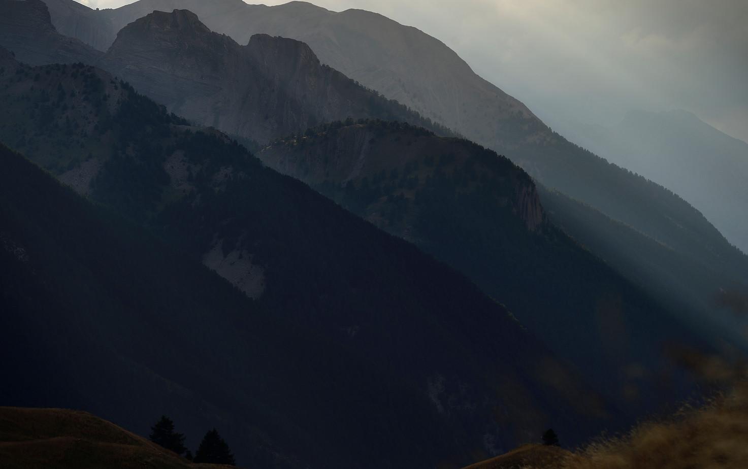 effet de lumière vallée de Larche.jpg