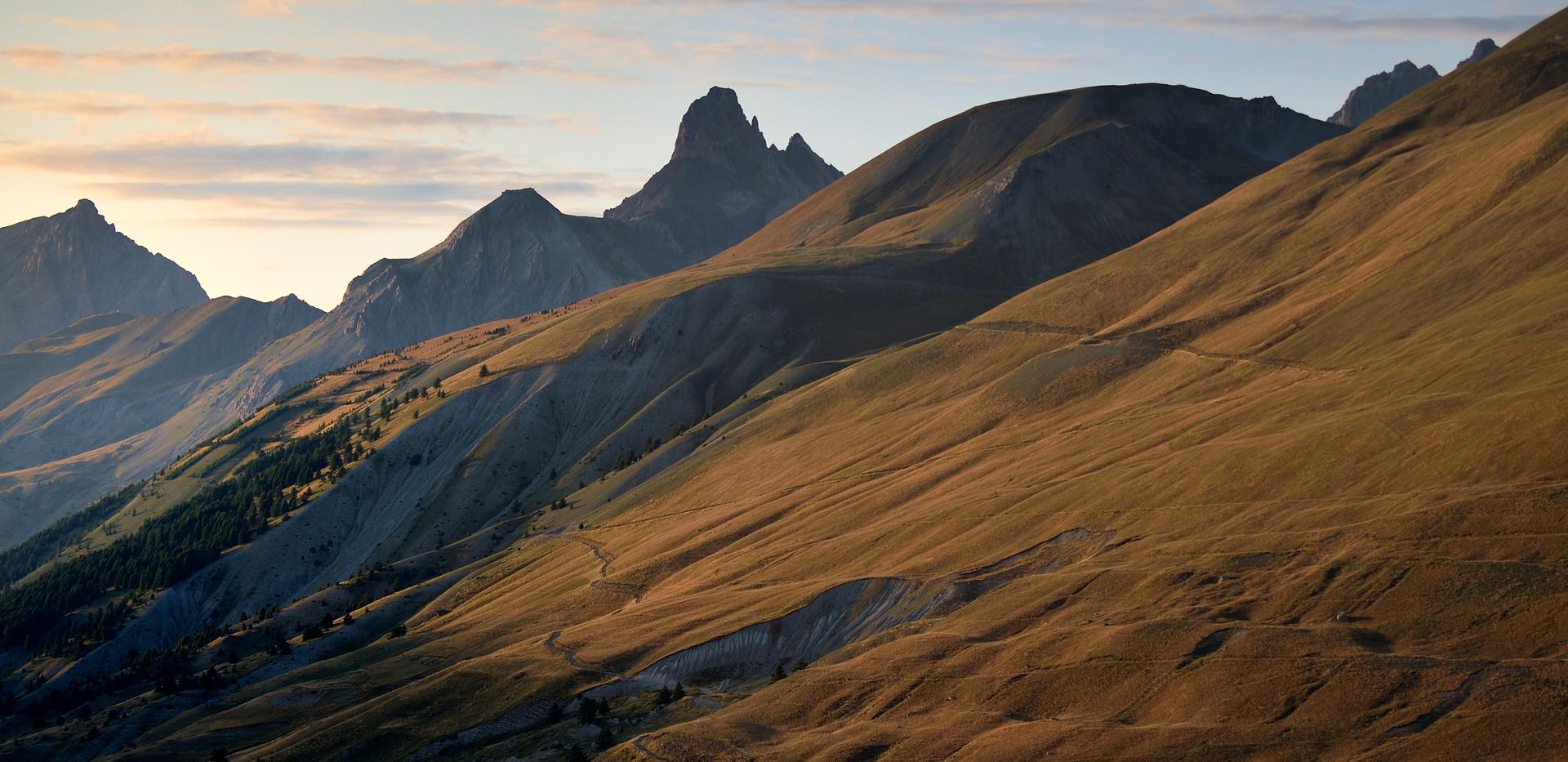 La Meyna au fond de la vallée de Larcherche 2 wix.jpg