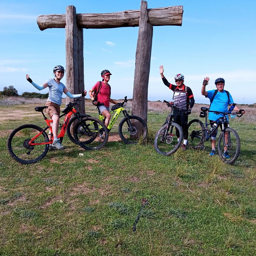 אימונים, טיולים והשכרת אופניים רגילים וחשמליים דצמבר