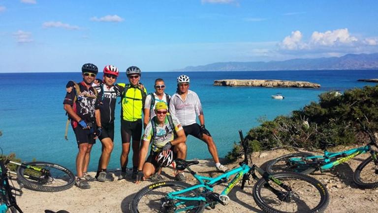 חופשת אופניים קצרה בפאפוס קפריסין