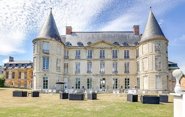 chateau-henonville.jpg