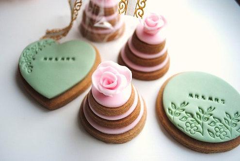 CADEAU INVITÉS // 100 Biscuits ronds dessin floral personnalisés