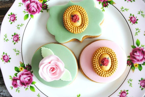 CADEAU INVITÉS // 20 Biscuits personnalisés fleur peinte à la main