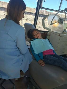 Շարժական ատամնաբուժարանը «Դեպի առաջ» երեխաների կենտրոնում: