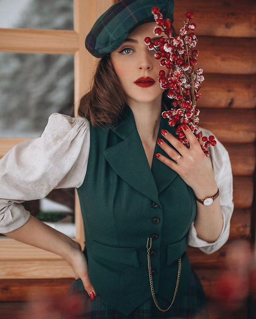 Green check Ada beret