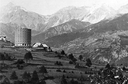 Colonia Fiat, Torre Balilla