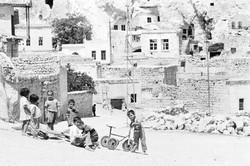 gamins et tricycle en Cappadoce