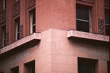 1890 Wainwright Bldg, corner