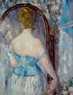 Davanti allo specchio