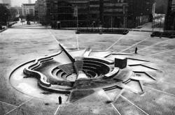 Star Pit - fountain in Mediapark Cologne, artist Otto Piene