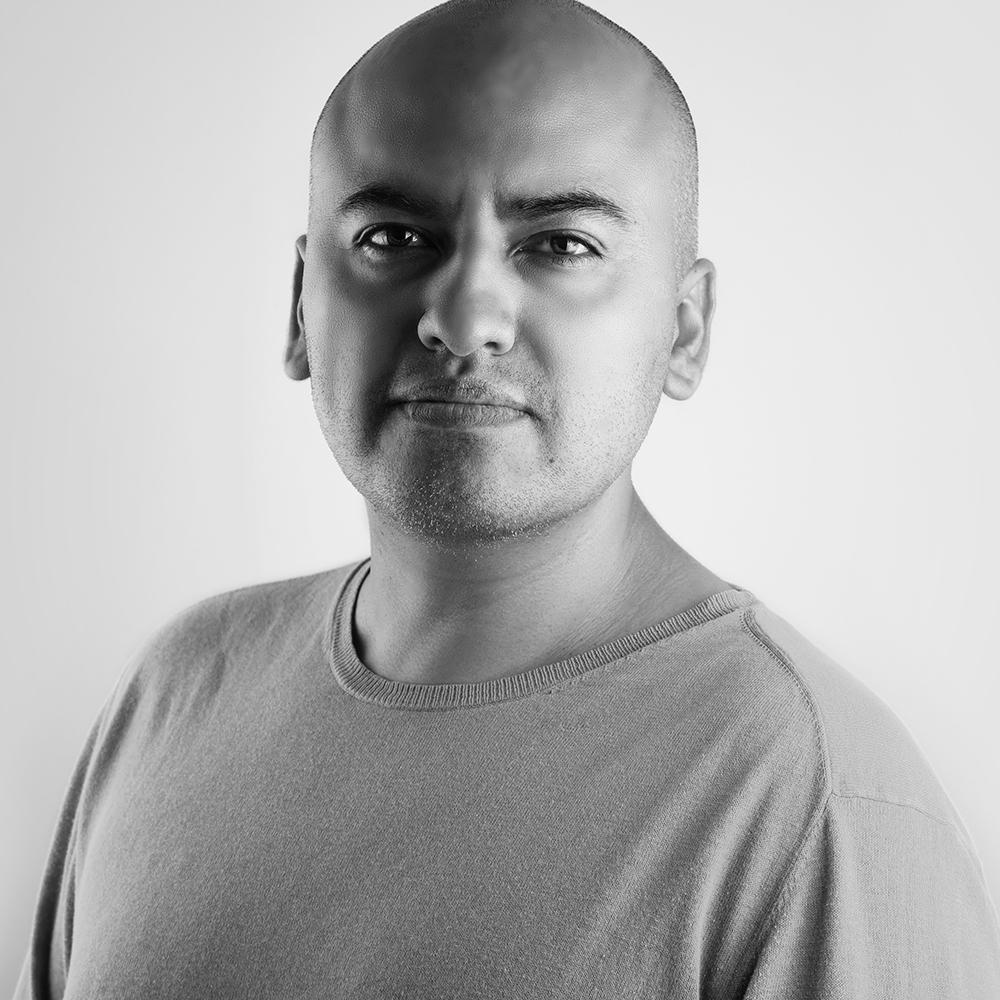 Alex Domínguez
