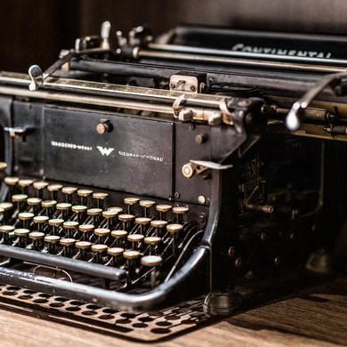 Imádott írógépünk.jpg