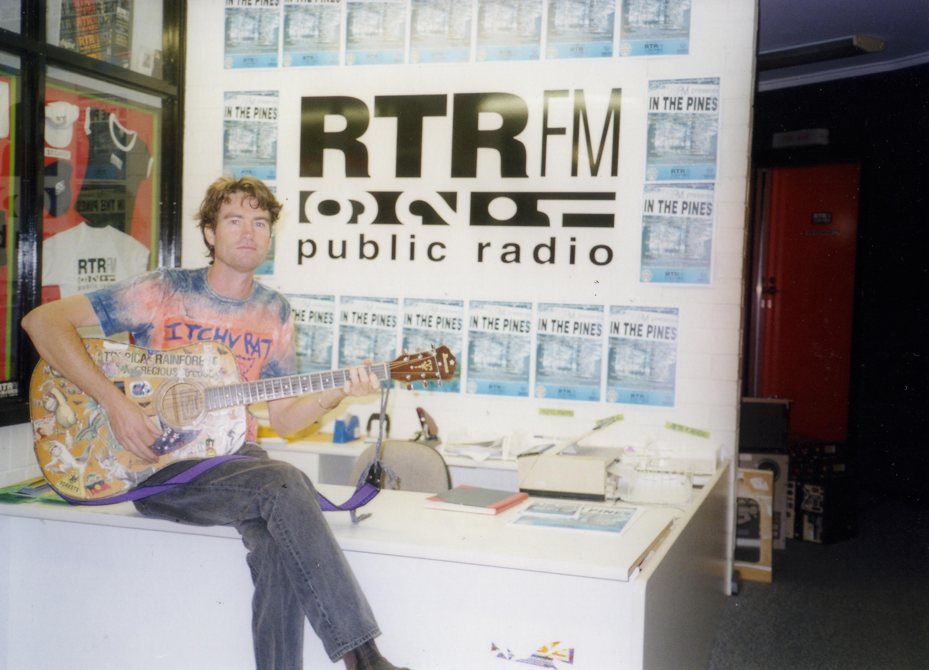Johnnie Mac RTR FM