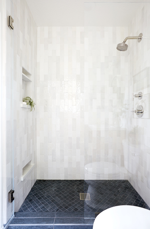 tile shower by by Lindsey Brooke Design