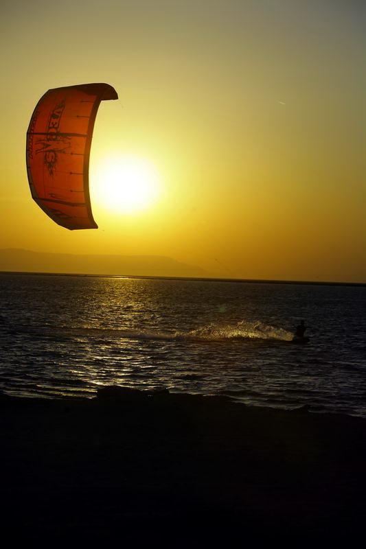 Kitesurfing 8