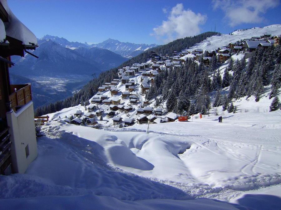 Sicht: Tal, Riederalp, Matterhorn