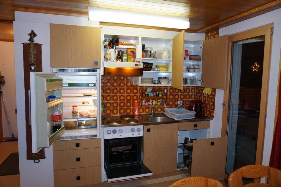 Küche Schränke offen