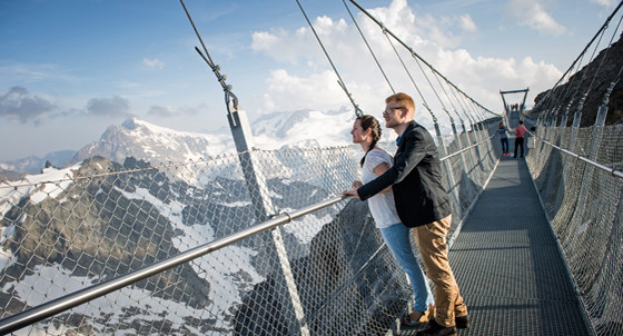 cliff-walk_titlis4_2x