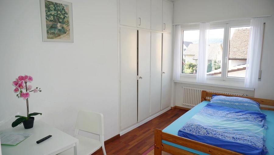 Room 2. 12 m2, bed 140x200