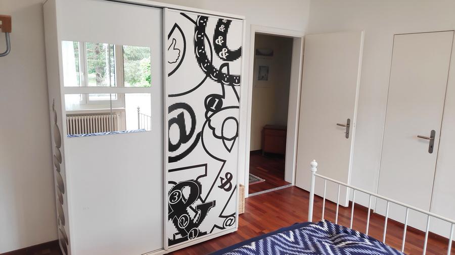 Room 5 - view to corridor