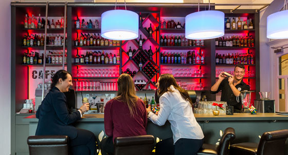 Porticos Bar