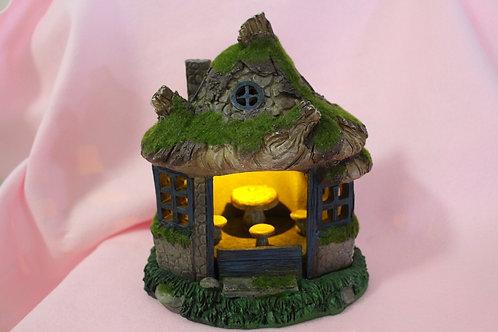Solar Fairy House w/Mushroom Furniture