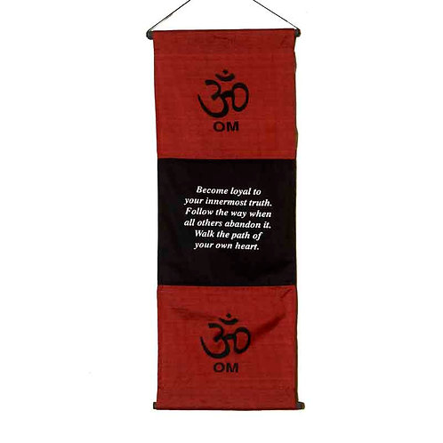 Om 3-Bar Wall-Hanging: Red