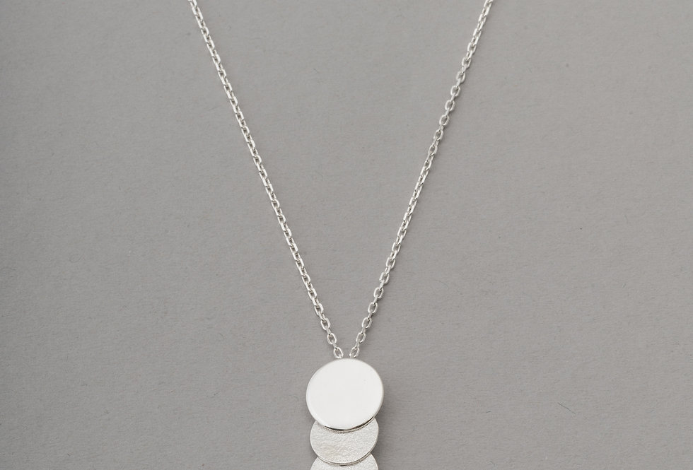 CLOUD 6 NECKLACE