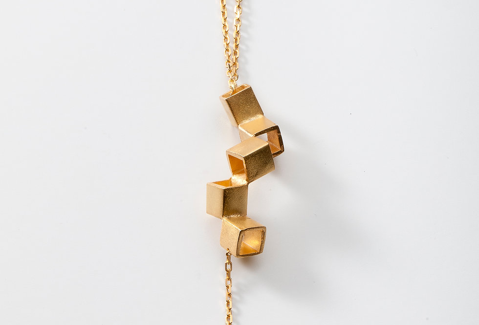 CUBE PENDENT