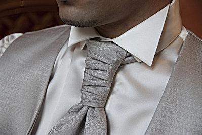 necktie-2191167_1920.jpg
