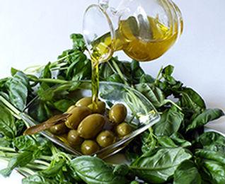 Olive oil Pour 1.jpg