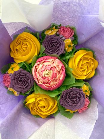 Floral Cupcakes.jpeg