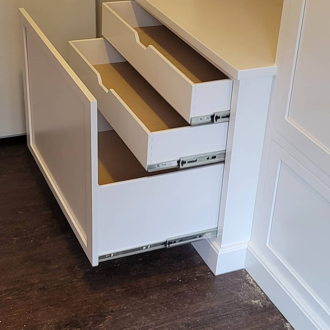 QC closet pic 2.jpg