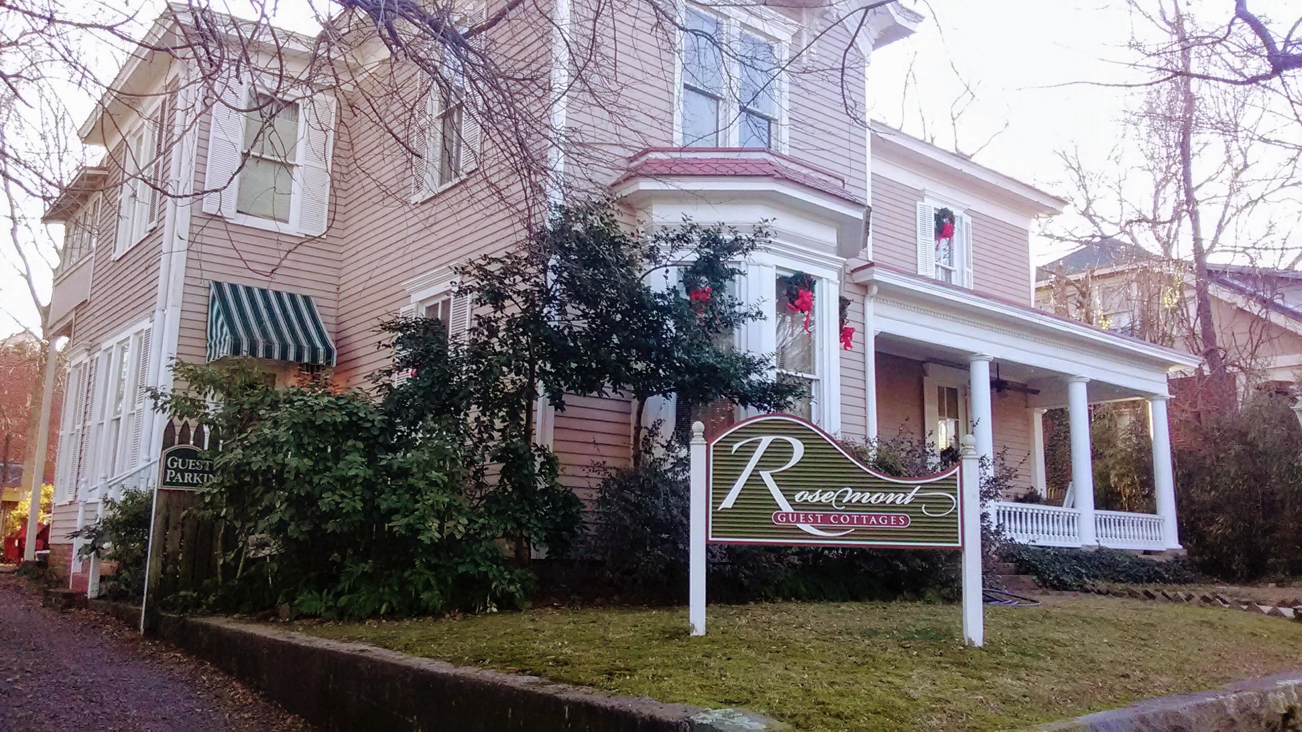Rosemount Inn