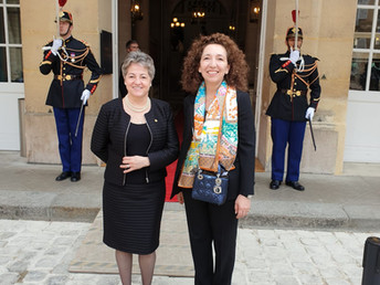 Maya Selva receives the Medal of Recognition from the French Senate