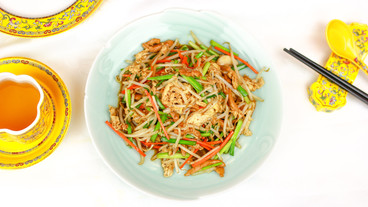 Stir-fried_Shredded_Pork_and_Mixed_Veget