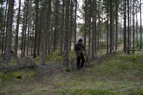 Rydding i gravfelt. Jernalder. Foto: Eldengaard