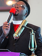 Apostle in Min - Red Civic CloseUp